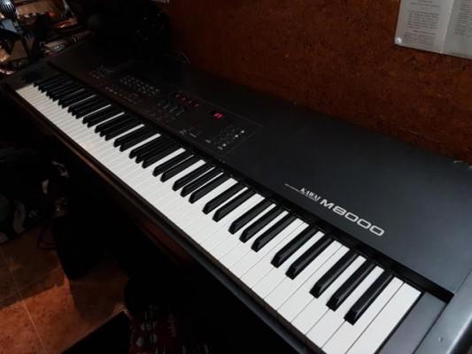 Kawai M8000