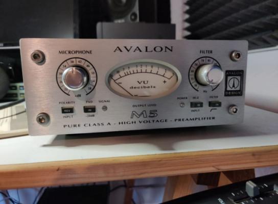 Previo Avalon M5 en excelentes condiciones