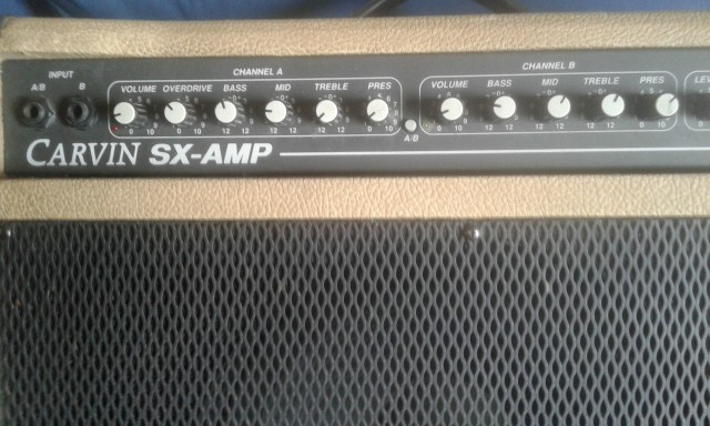 "Combo guitarra Carvin  made USA , Speaker 12""   100 w  8 OHM"