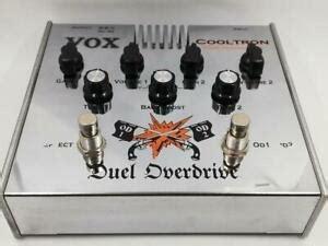 VOX Duel Overdrive  (a válvula con alimentación normal o a pilas)