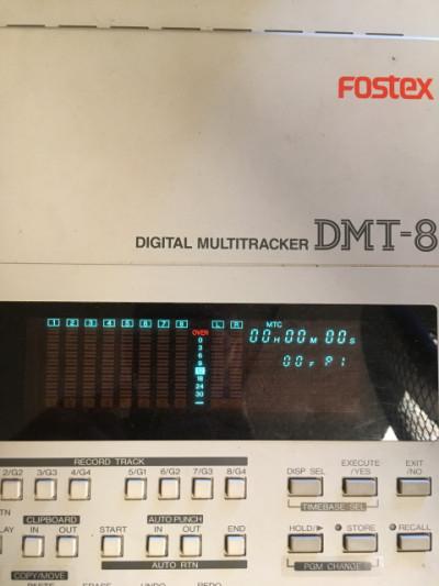 Gravador digital multipistas Fostex DMT-8