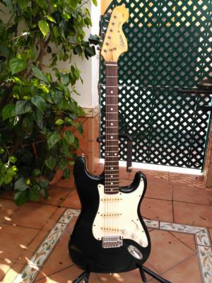 Stratocaster MIJ Admira Star