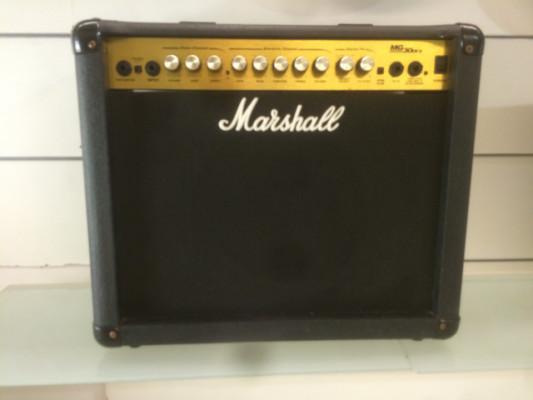 Marshall MG30 DFX