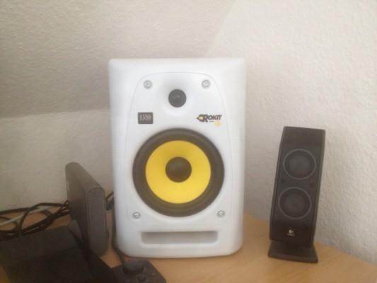 Vendo Monitores KRK RP6 Rokit G2 White ==> 250 €