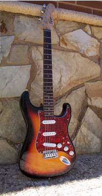 Squier Fender Stratocaster Sunburst (modificada)