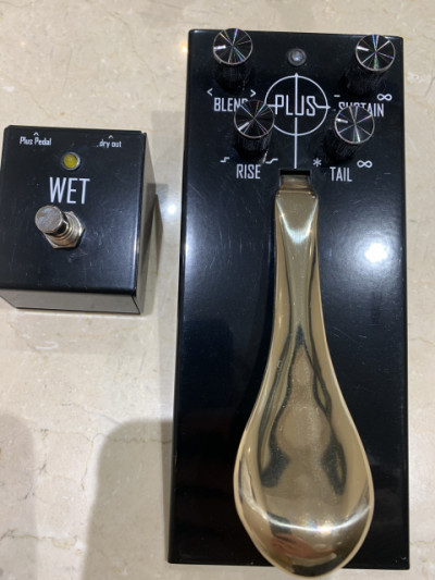 Gamechanger audio plus pedal con footswitch