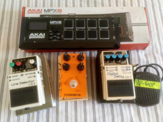 Pedales y controlador /Sampler MIDI