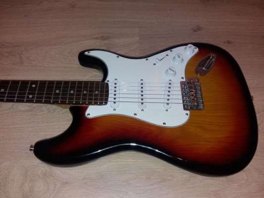 Guitarra electrica tipo Strato