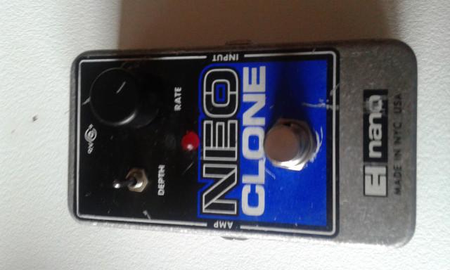 Chorus Neo Clone de Electro Harmonix