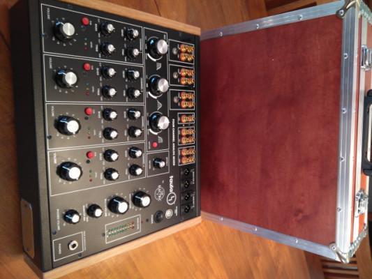 Taula 4 Rotay Dj mixer