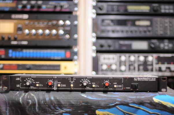 Crossover Electro-Voice / Tapco EVT EX-18