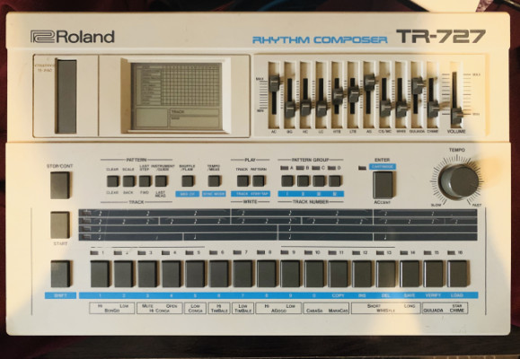 Roland tr 727