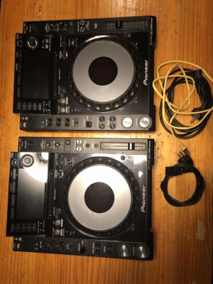 2 PIONEER CDJ 2000 NEXUS