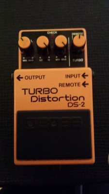 Boss Turbo Distortion DS 2 (Japan)