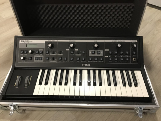 Moog Little Phatty Stage 2 Impecable c/ case rigido