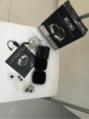 IN EARS (IE-30). Precio original 290€ lo vendo por 140