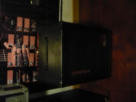 Vendo amplificador de bajo TC ELECTRONIC BG250