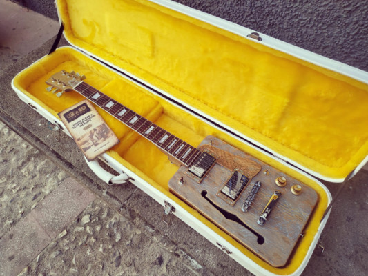 Guitarra CigarBox Loluthier Missouri