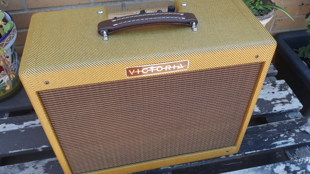 "Victoria 5112 (Champ 57 Tweed 12"")"