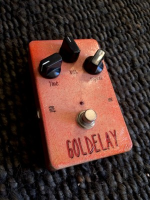 Goldelay - Delay analógico de Headbanger Rare Guitars -
