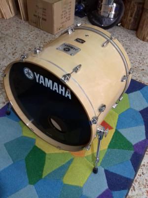 "Bombo 22"" Yamha Tour Custom Maple"