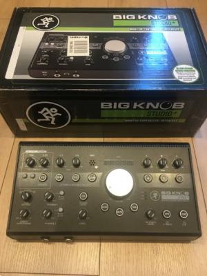 Mackie big knob studio +