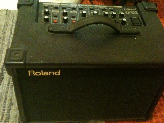 Vendo Amplificador Roland Stage Sa-300