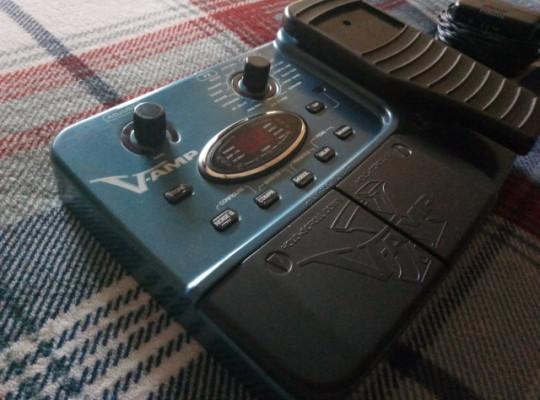 Berinhger X V-amp pedalera efectos