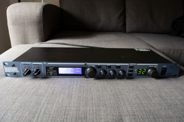 Multiprocesador Dual Stereo Lexicon MX400.