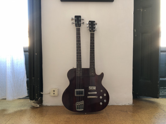 "Doble mástil (Guitarrra-bajo) Custom made ""El Rifle"""