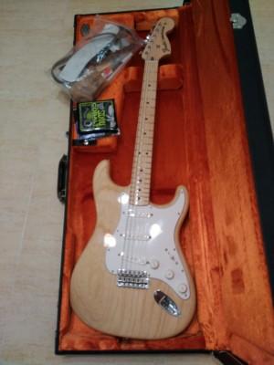 Fender stratocaster american vintage 70s