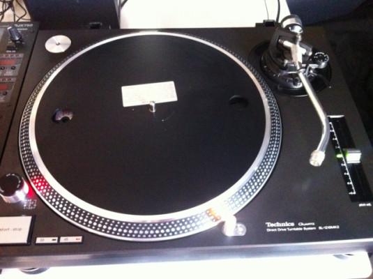 Tocadiscos Technics 1210 mk2