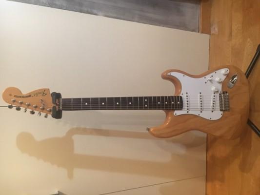 [Reservada] Fender Stratocaster Classic 70 natural rw