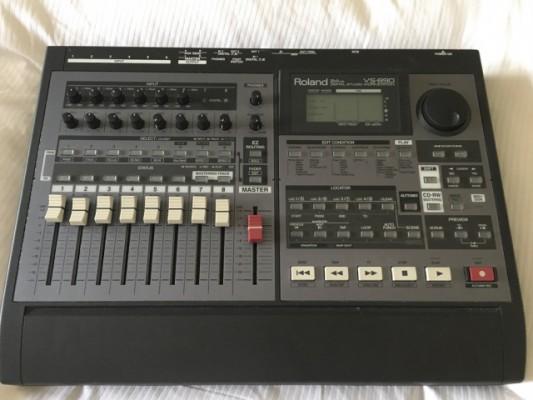 Grabador multipistas Roland VS-890