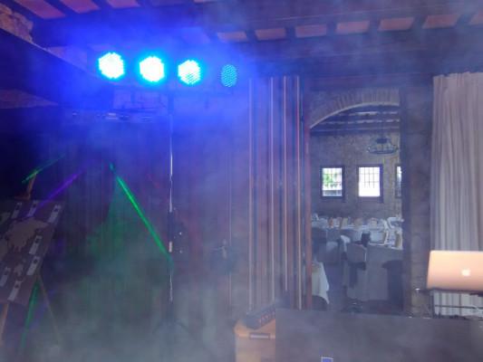 Set de 4 focos RGB Led Par 64 DMX controlled + Dimmer