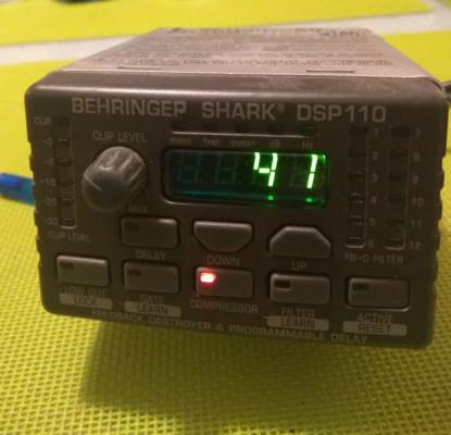 Behringer Shark DSP 110 anti feedback, previo microfono. Envio incluido