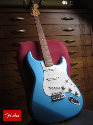 Fender Strato Standard Azul