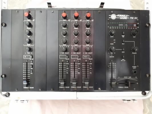 Mesa Fórmula Sound PM-90