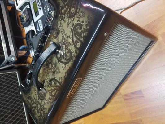 Fender blues junior III - Black paisley fsr edition