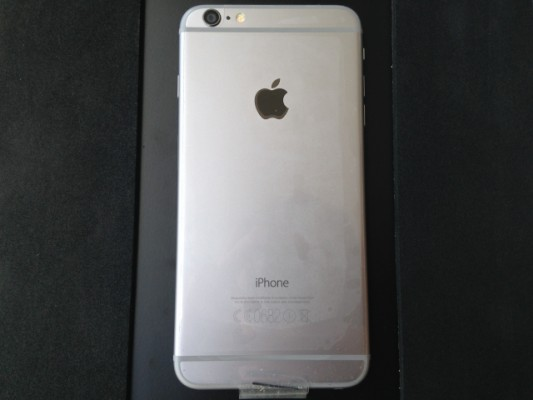 (NUEVO) iPhone 6 Plus 16GB Spacey Grey Libre + Accesorios