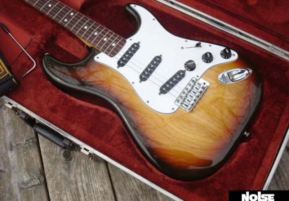 Fender Stratocaster USA Fullerton 1982 Vintage Original 100% MINT