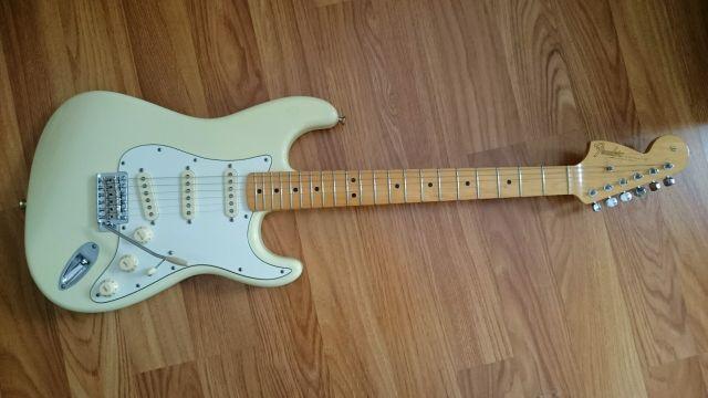 Y Vendo por 850€ Partscaster Fender Voodoocaster Hendrix