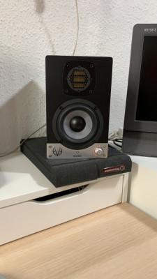 Pareja Monitores Eve Audio sc204