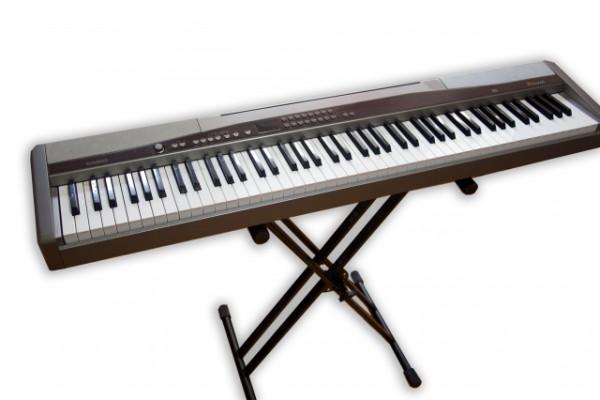 Piano Casio Privia PX500L electrónico + tijera+ pedal sostenido +