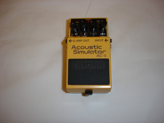 Boss AC-3. Acoustic Simulator. Como nuevo.