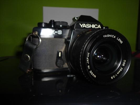 Cámara Réflex YASHICA FX-3 + 6 lentes + extras