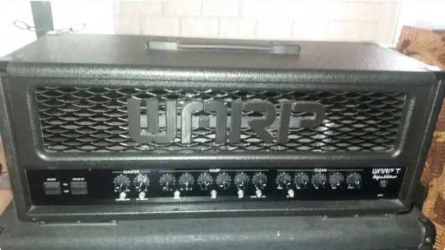 Amplificador de guitarra Hughes & Kettner Warp T con válvulas Mesa boogie