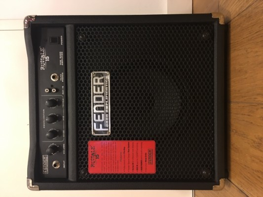 Fender Squier P Bass + ampli Fender Rumble 15 como nuevos (250€)