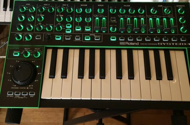 Roland System 1 cambio o vendo