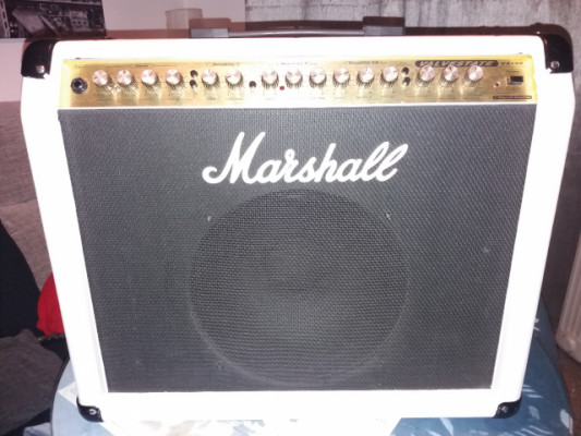 Marshall Valvestate vs100 tolex blanco (perfecto estado).